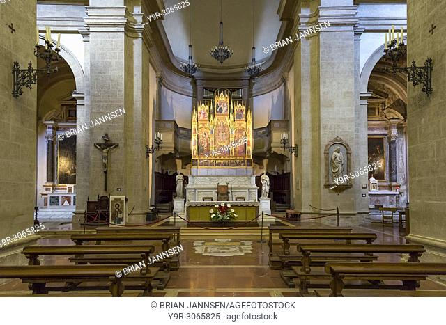 Interior/alter view of Cattedrale di Santa Maria Assunta (completed in 1680), Montepulciano, Tuscany, Italy