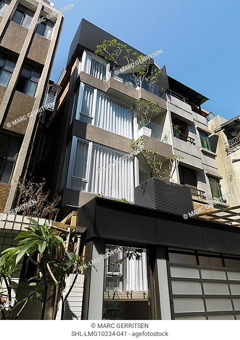 Front exterior modern apartment building