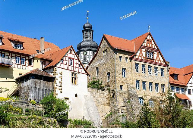 Germany, Baden-Wurttemberg, Kraichtal-Gochsheim, town view Gochsheim, Graf-Eberstein-Schule, tower of the church St. Martin