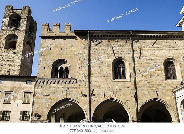 Civic Tower (Torre Civica) and Palazzo della Ragione. View from Piazza del Duomo (Cathedral Square), Upper City (Città Alta), Bergamo, Lombardy, Italy, Europe