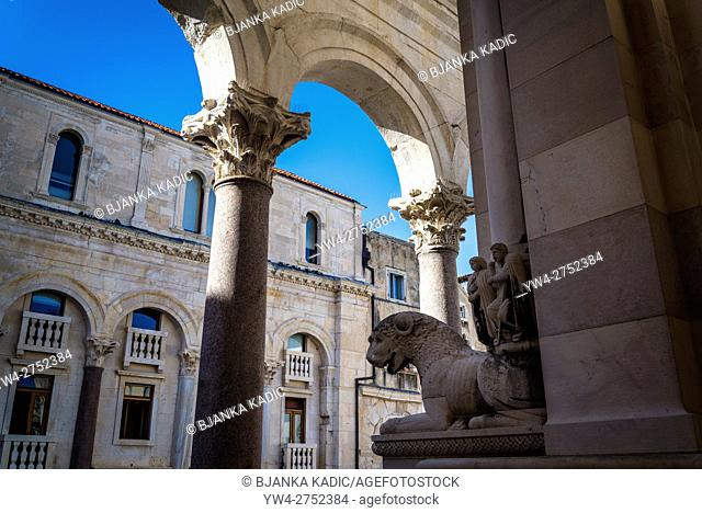 Romanesque sculpture of the Cathedral of Saint Domnius and Peristyle arches, Diocletian Palace, Split, Croatia