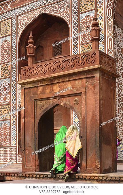 India, Uttar Pradesh, World Heritage Site, Agra surroundings, Sikandra, Akbar's tomb (17th C)