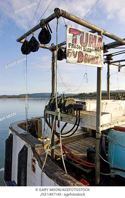 Fishing boat, selling fresh tuna, Coos Bay, Oregon