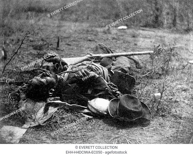 Dead Confederate soldier of Ewell's Corps near Spottsylvania Court House, Virginia, photo by Timothy O'Sullivan, May 19, 1864