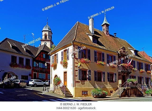 Rathaus, Kirchturm, Kirche, Eglise Saint-Hippolyte