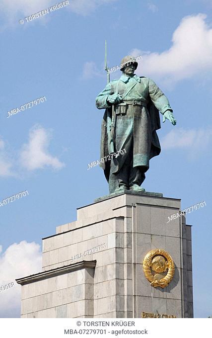 Soviet Memorial, 17th of June Street, Berlin, Germany, Europe