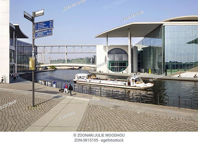 Tourist Boat, Berlin