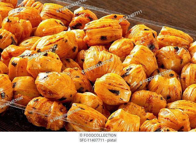 Rice cracker chilli balls (Thai snack)