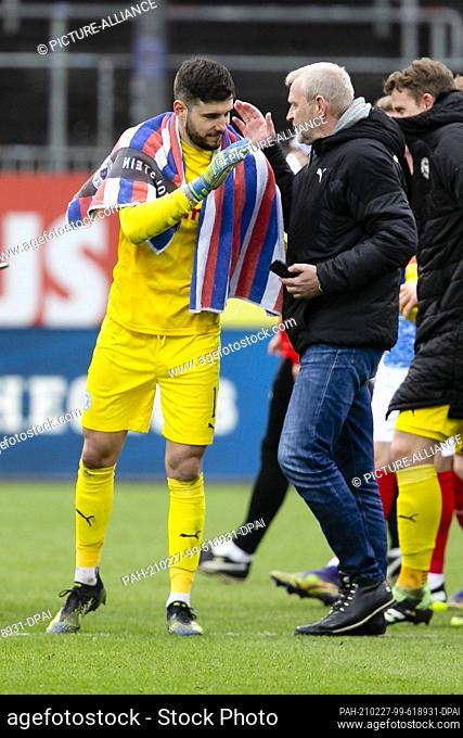 27 February 2021, Schleswig-Holstein, Kiel: Football: 2nd Bundesliga, Holstein Kiel - Erzgebirge Aue, matchday 23, at Holstein Stadium