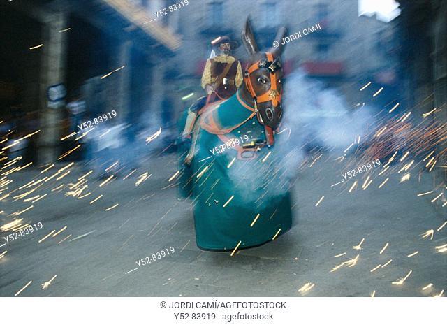 Mulassa (big mule) at local festivities. Solsona, Solsonés, Lleida province, Catalonia, Spain