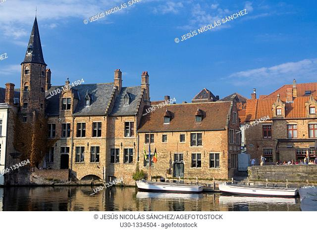 Typical canal and houses in the medieval town of Brugge, listed World Heritage Site by UNESCO  Flanders  Belgium