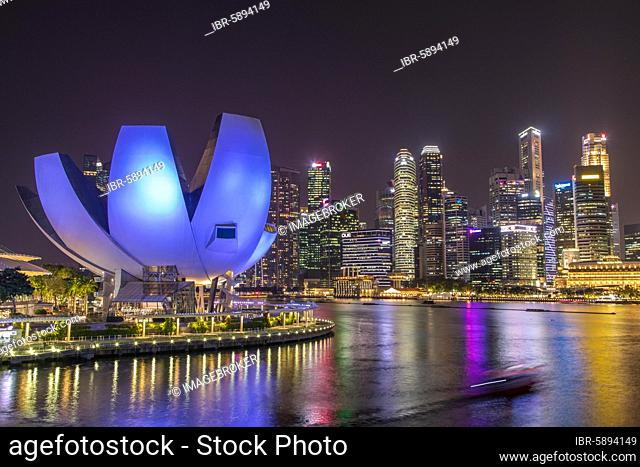 Marina Bay Sands Hotel, ArtScience Museum and skyline at night, Financial District, Banking District, Marina Bay, Downtown Core, Singapore, Asia