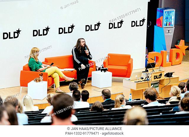 BAYREUTH/GERMANY - JUNE 21: The artist Jonathan Meese (r.) in conversation with Gabi Czöppan (Focus Magazine) on the stage during the DLD Campus event at the...