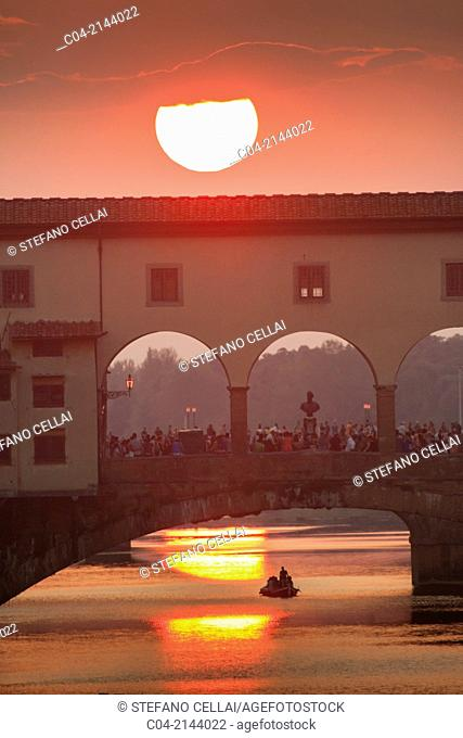 Europe, Italy, Tuscany, Florence, Ponte Vecchio at sunset and Arno river