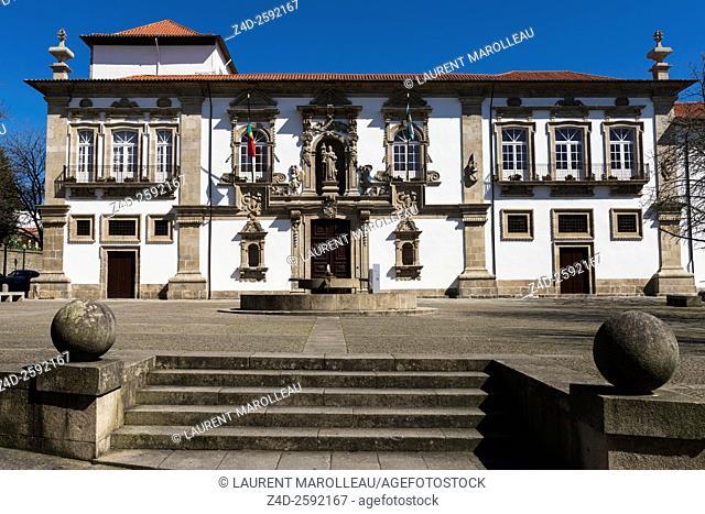 The Town Hall, on Jose Maria Gomes Square, housed in the Former Santa Clara Convent. Guimaraes, Braga District, Norte Region, Portugal, Europe