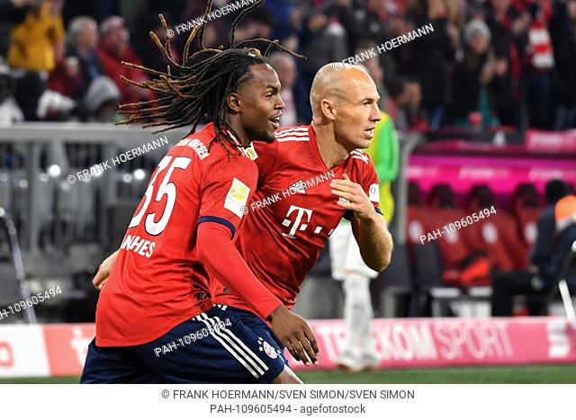 goaljubel v.re:Arjen ROBBEN (Bayern Munich) with Renato SANCHES (Bayern Munich), jubilation, joy, enthusiasm, action. Football 1. Bundesliga, 5
