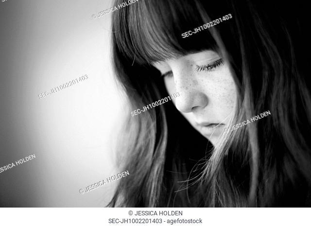 Portrait of teenage girl (13-15)