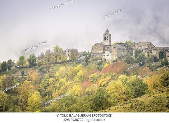 pueblo de Bestué, Barranco de Airés, parque nacional de Ordesa y Monte Perdido, Provincia de Huesca, Comunidad Autónoma de Aragón, Pyrenees Mountains, Spain