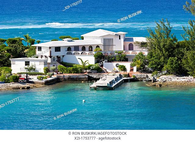 Private resort home with private dock and boat ramp on Paradaise Island in Nassau, Bahamas