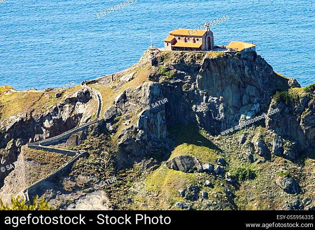Gaztelugatxe is an islet linked to the mainland by a bridge of two arches. on the island there is a chapel dedicated to St