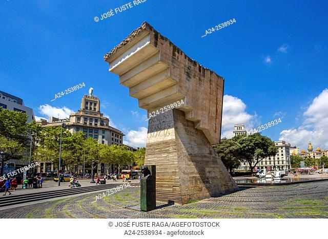 Spain, Catalonia, Barcelona City, Catalunya Square, Francesc Macia Monument