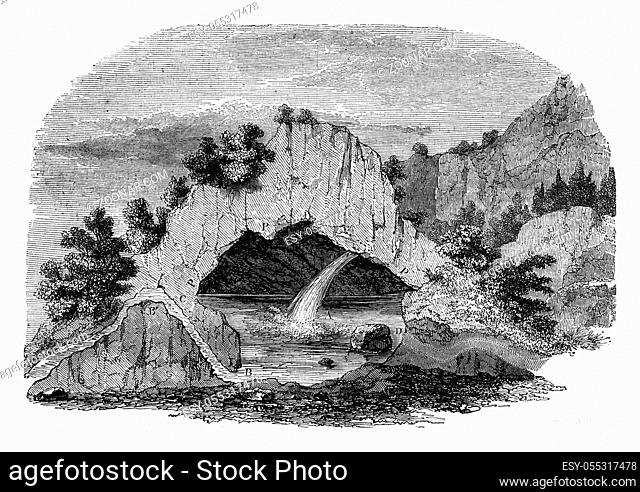 Mountain's profile is dull intermittent fountain Fonsanche Gard, vintage engraved illustration. Magasin Pittoresque 1847