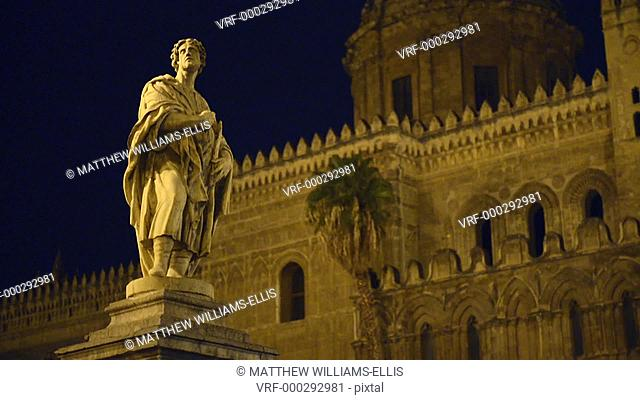 Statue at Palermo Cathedral at night (Duomo di Palermo), Sicily, Italy, Europe