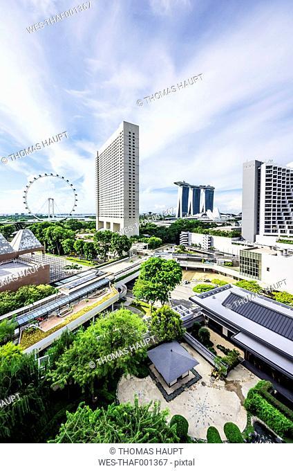 Singapore, View to Marina Bay with Marina Bay Sands Hotel