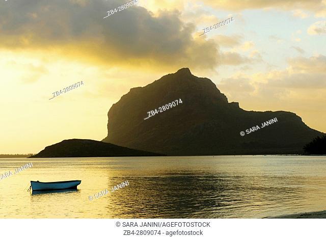 Le Morne Brabant (UNESCO World Heritate Site), Mauritius, Indian Ocean, Africa