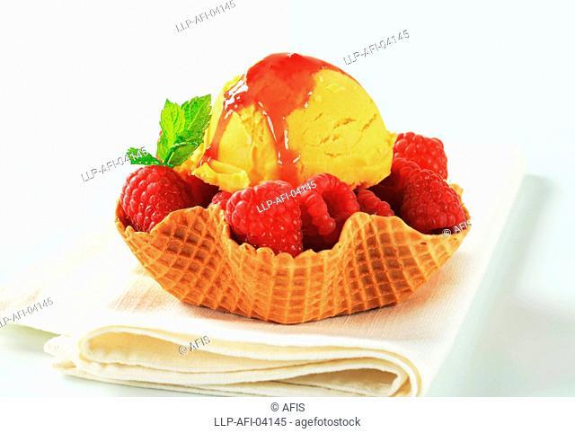 Fruit ice cream dessert