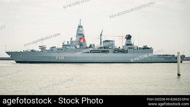"""08 February 2020, Lower Saxony, Wilhelmshaven: The frigate """"""""Hamburg"""""""" returns to its home port to the naval base Wilhelmshaven after its deployment in the..."""