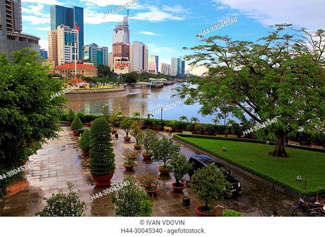 City park, Ho Chi Minh City (Saigon), Vietnam