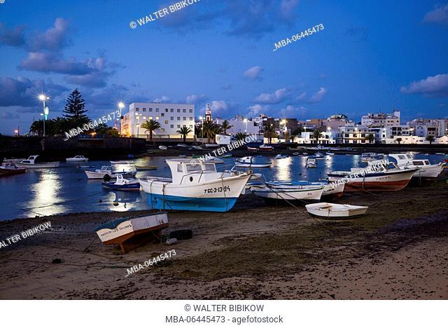 Spain, Canary Islands, Lanzarote, Arecife, Charco de San Gines, fishing boats, dawn
