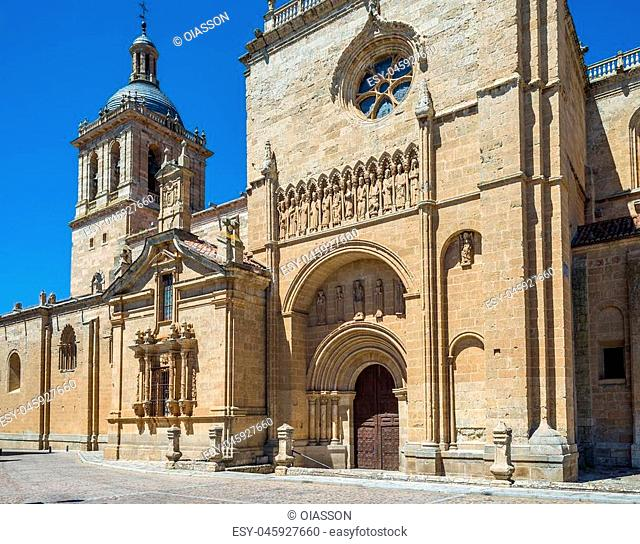 South facade, known as Cadenas door, of Santa Maria Cathedral. Ciudad Rodrigo, Salamanca, Castilla y Leon. Spain