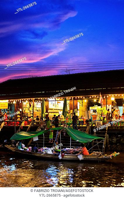 Amphawa floating market at sunset, Amphawa, Thailand
