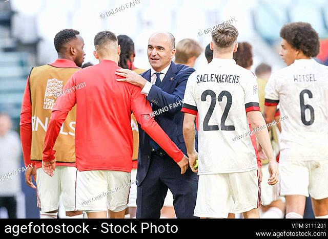 Belgium's head coach Roberto Martinez (C) pictured after a soccer game between Belgian national team Red Devils and Italy