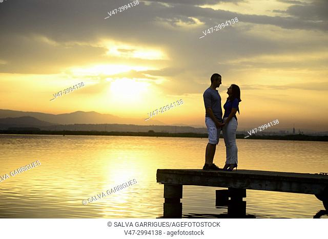 The natural park of l'Albufera is a typical place where people go to the sun gate and couples go to take photos