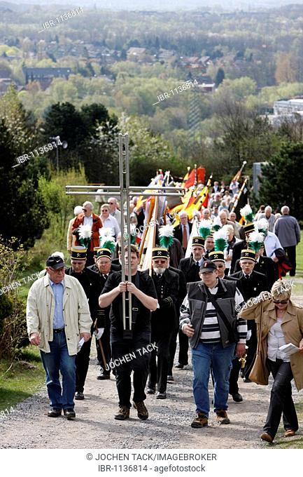 Way of the Cross procession on Good Friday with mining motifs on the Haniel slag heap, at the Prosper-Haniel mine, Bottrop, Ruhr area, North Rhine-Westphalia