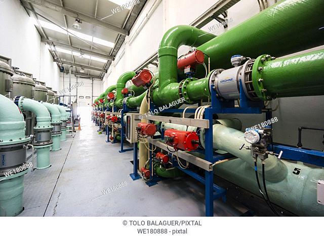desalinizadora Son Tugores, bombas de alta presion, estacion de tratamiento de agua potable, Palma, Mallorca, balearic islands, spain, europe
