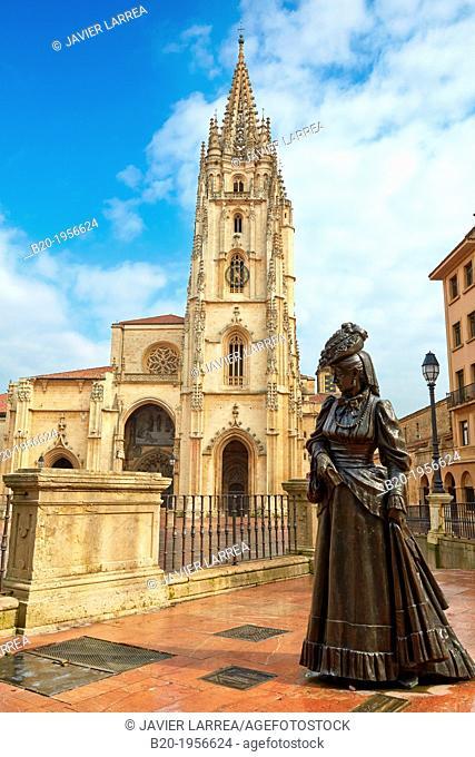 """""""''""""""""La Regenta' sculpture by Mauro Alvarez, Plaza Alfonso II El Casto, Cathedral, Oviedo, Asturias, Spain."""""""