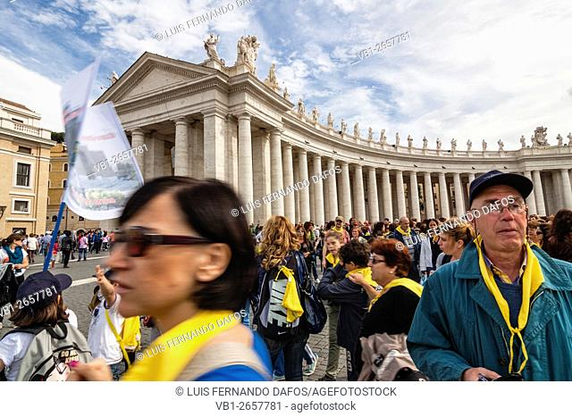 Catholic sightseeing tour at St. Peter's Square, Vatican city Rome, Italy