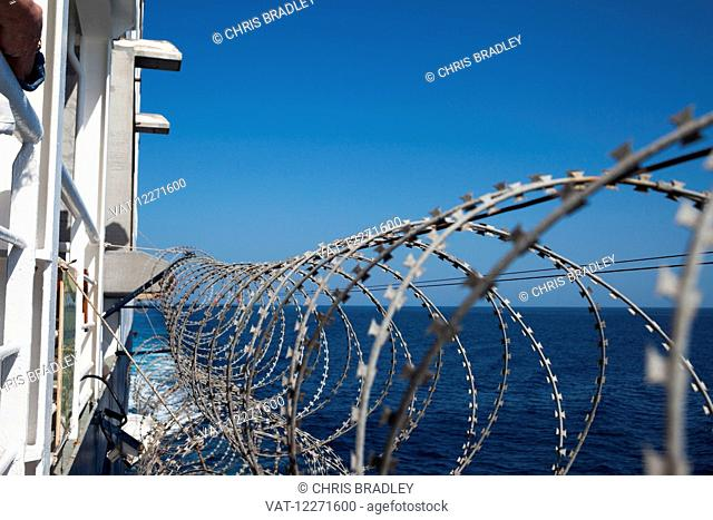 Razor wire to deter pirates off Somalia, Indian Ocean; Somalia