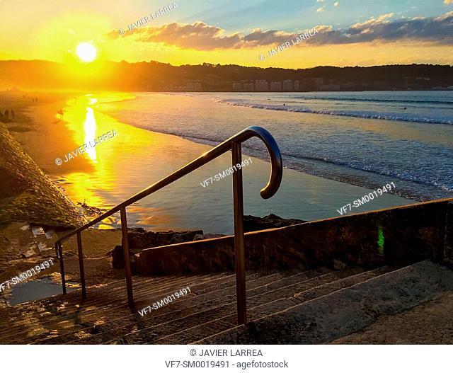Beach, Hendaye, Aquitaine, Pyrenees Atlantiques, France, Europe