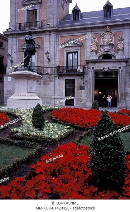 Plaza de la Villa, Casa de la Villa Town Hall, Madrid, Spain, Europe