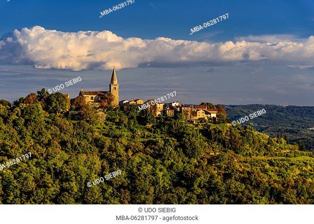 Croatia, Istria, Groznjan, the artist village, townscape