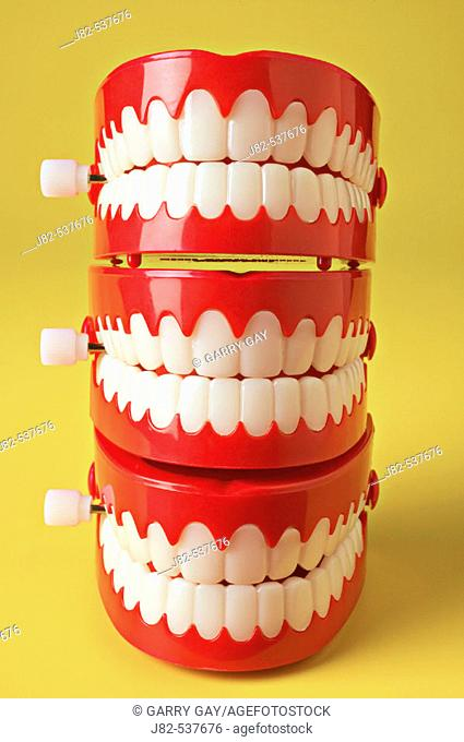 Stack of teeth of three chattering teeth