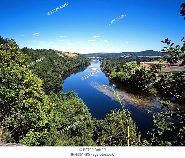 View of the River Dordogne at Cingle de Limeuil near Tremolat
