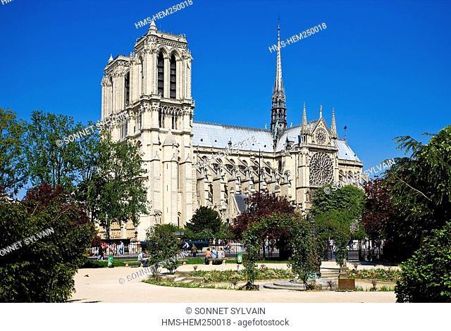 France, Paris, Ile de la Cite, Notre Dame Cathedral