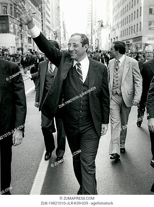 Oct. 11, 1982 - New York, New York, U.S. - Lt. Governor MARIO CUOMO, the democratic candidate for Governor, during the march up fifth avenue