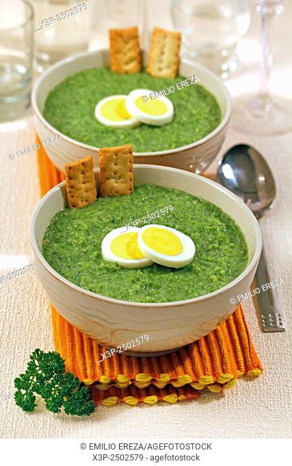 Light creamy of green beans